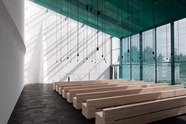 Capela de São Lourenço, Vantaa, Avanto Architects © Tuomas Uusheimo