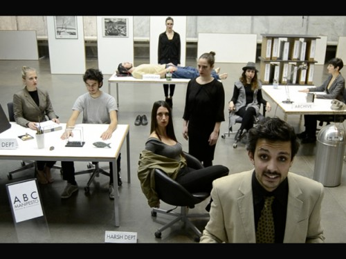 Still do trailer de apresentação do projecto ABC Manifesto Corporation Writers and Consultants, dos italianos disturbATI collective.  [http://youtu.be/6tdZya5xi-k] © disturbATI collective