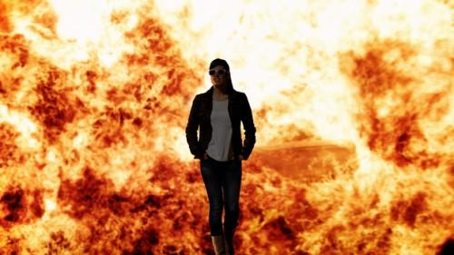 In The Future, Everyone Will Be Heroic for 1.5 Minutes, do grupo Sarraf Galeyan Mekanik,repensa o papel do herói nos filmes de acção e jogos de computador; numa instalação interactiva, o visitante é posto em cenários heróicos, como a fuga segura e solene de uma explosão  © Sarraf Galeyan Mekanik
