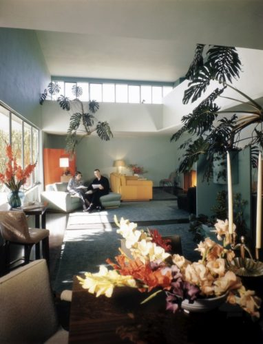 Casa Josef von Sterberg, em Los Angeles, 1947, um projecto do arquitecto Richard Neutra aqui fotografado por Julius Shulman Cortesia J. Paul Getty Trust